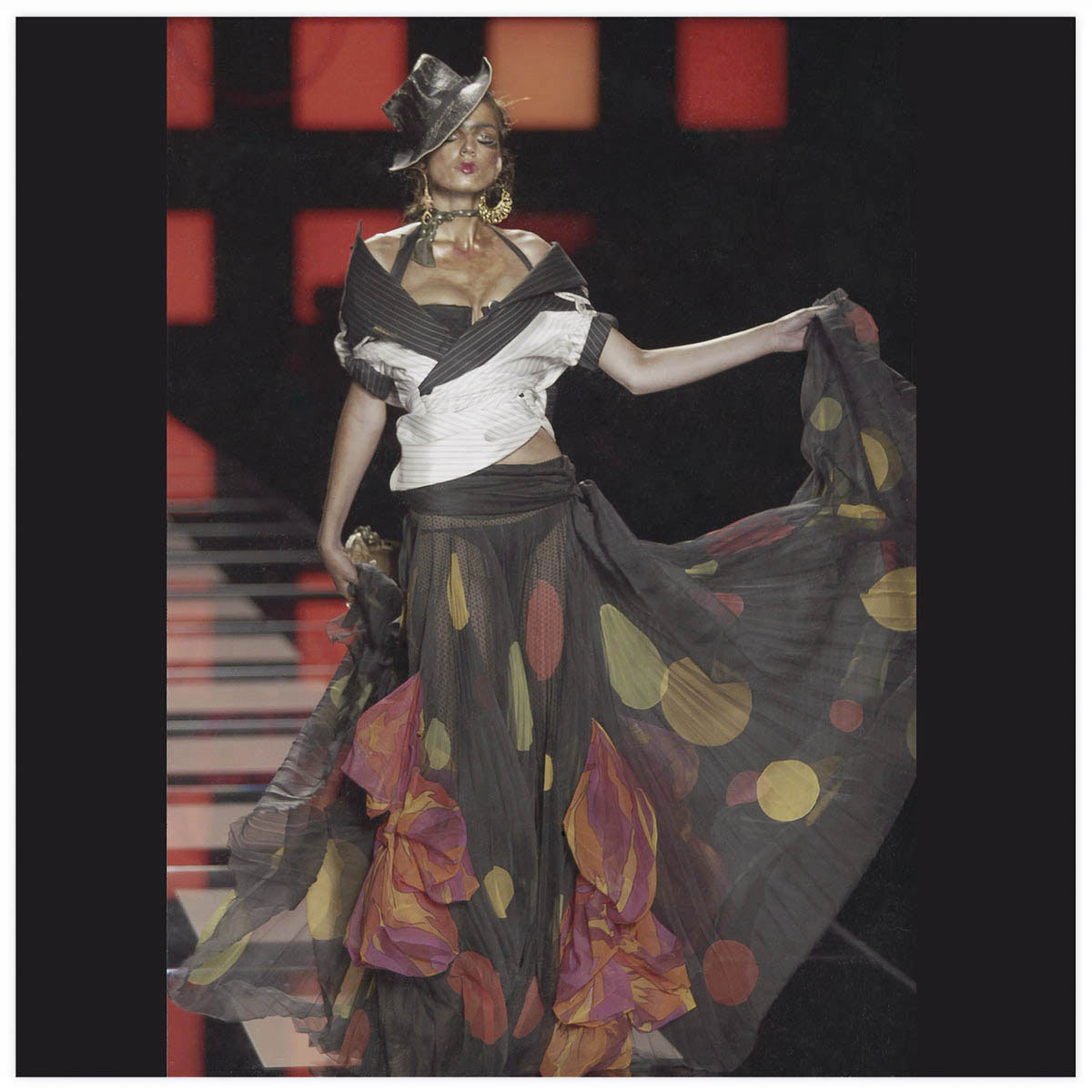 Christian Dior Haute-Couture Défilé 2003 Styliste J. Galliano Aérographe sur tissu à plat