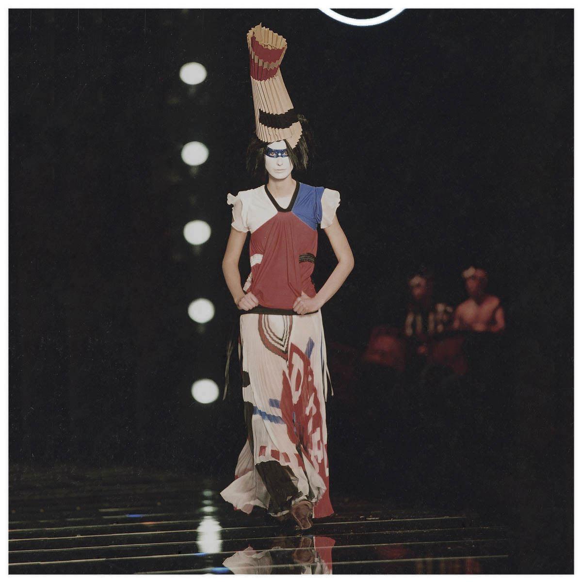Christian Dior Haute-Couture Défilé 2002 Styliste J. Galliano Aérographe sur tissu à plat