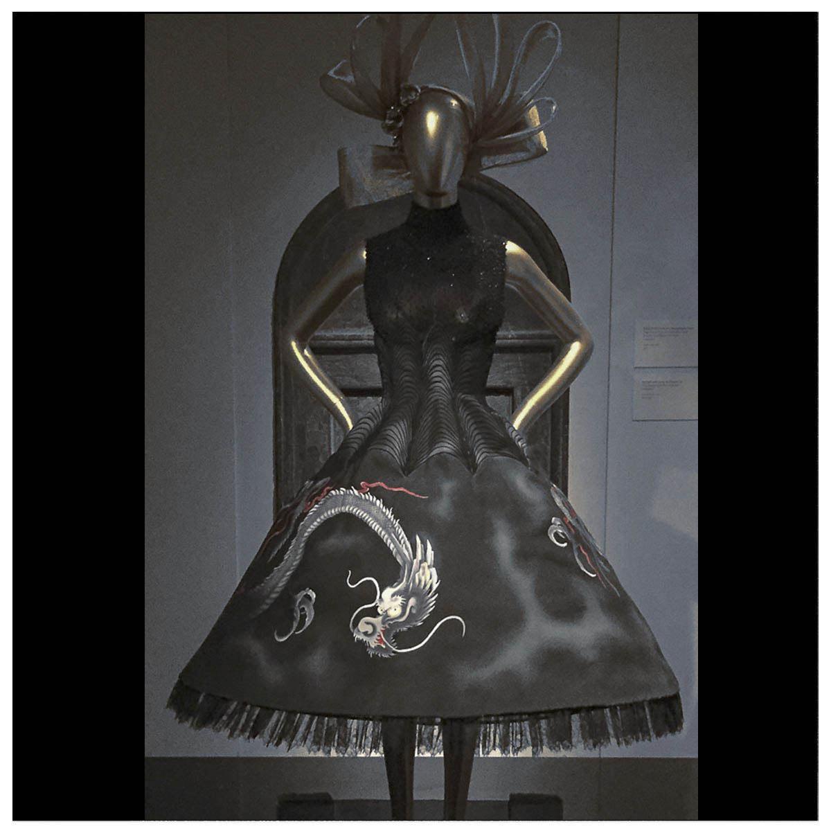 Givenchy Haute-Couture Défilé 1997 Styliste A. Mcqueen Aérographe sur tissu à plat